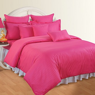 http://www.swayamindia.com/2768-home_default/indian-pink-quilt.jpg