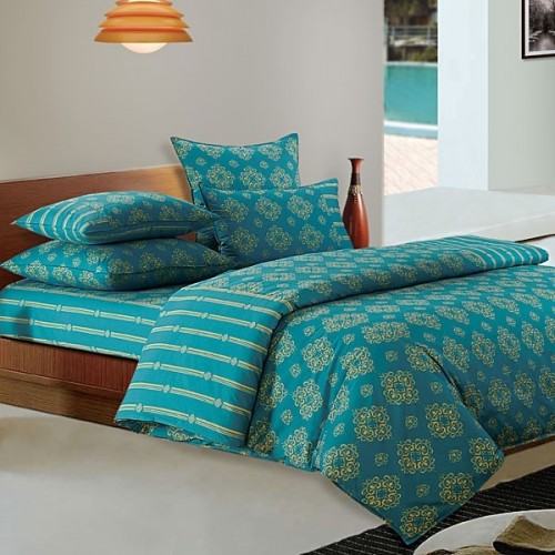 Dark Turquoise Patterned Bed Sheet- Shades Of Paradise (D. No. 6302)