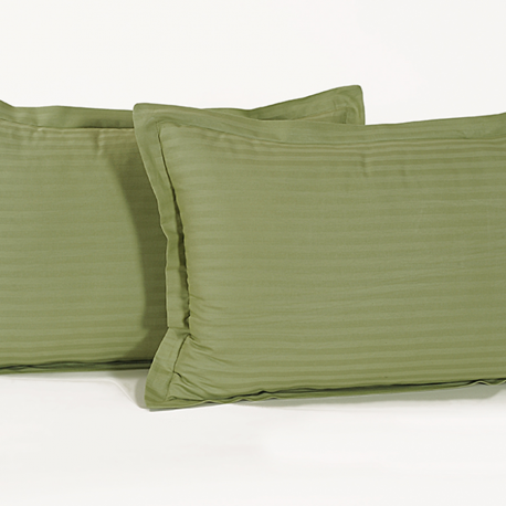 Green Garland Pillow Cover